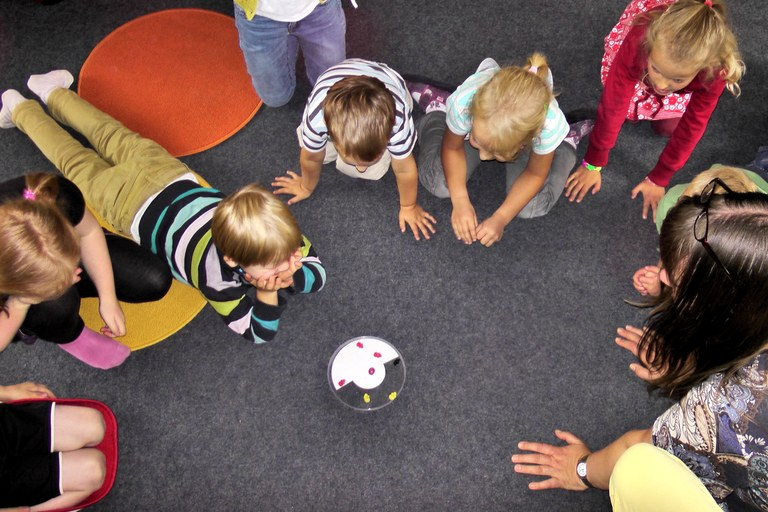play-color-child-children-fun-happy-1331154-pxhere.com.jpg