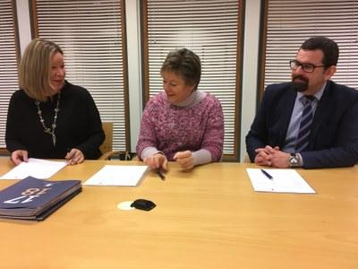 Yliopistokeskuksen ja Torkinmäen koulun opetusharjoittelusopimus uusittiin